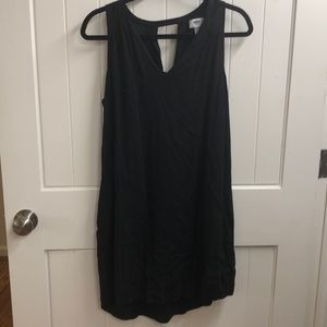 Black tunic dress from Old Navy.